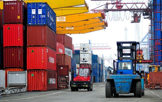 Фото: профицит внешней торговли Украины товарами вырос