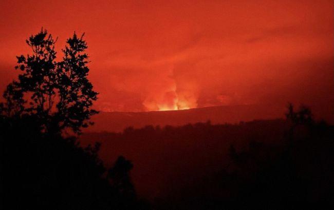 На Гавайях началось извержение вулкана Килауэа, объявлен красный уровень угрозы