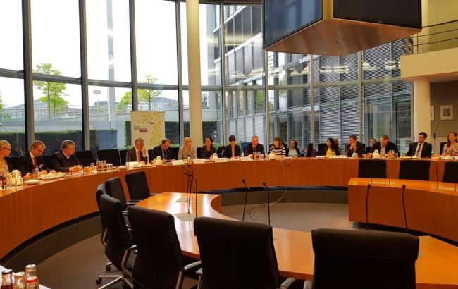 Украина в Бундестаге поддержала инициативу об активизации мирного процесса на Донбассе