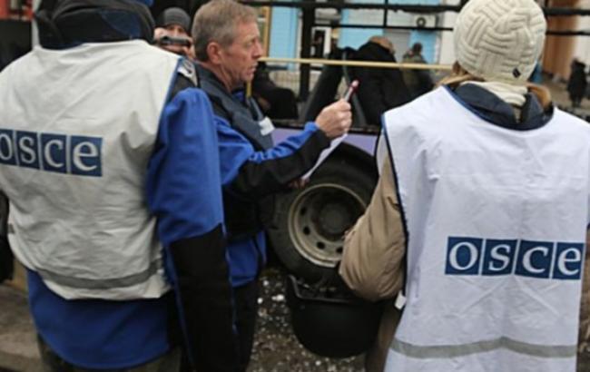 Миссия ОБСЕ подтвердила гибель 7 человек в результате обстрела остановки в Донецке