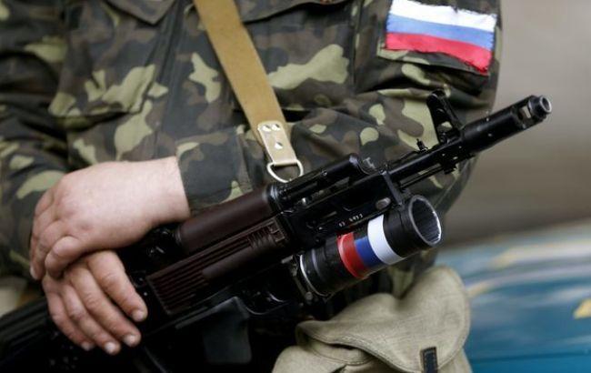 Фото: терорист ДНР тримав у полоні українських військових