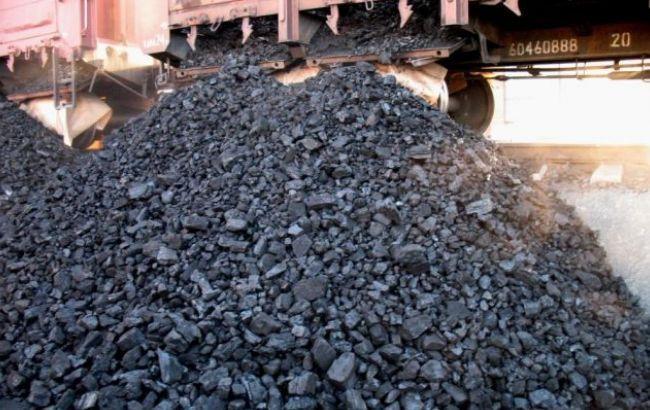 Фото: запасы угля на украинских ТЭС составляют почти 400 тысяч тонн