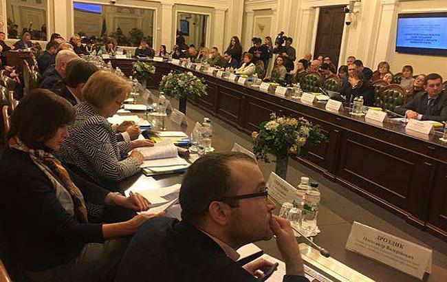 В Раде рекомендуют усилить разъяснительную работу по пенсиям семьям погибших майдановцев