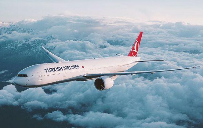 Turkish Airlines назвала дату відновлення міжнародних перельотів