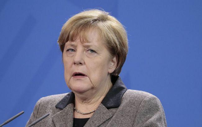 Меркель підтвердила скасування санкцій проти РФ тільки після виконання мінських угод
