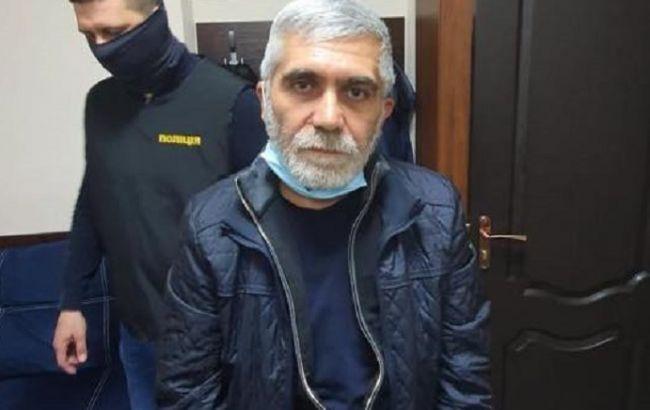 Криминального авторитета, который сбежал после суда, задержали в Кривом Роге