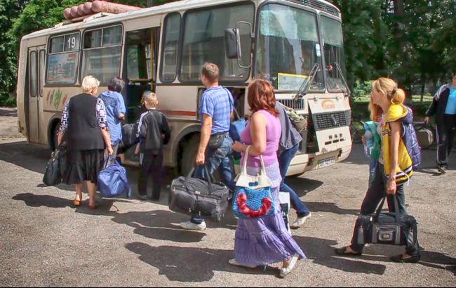 За рік кількість переселенців в Україні суттєво зменшилась