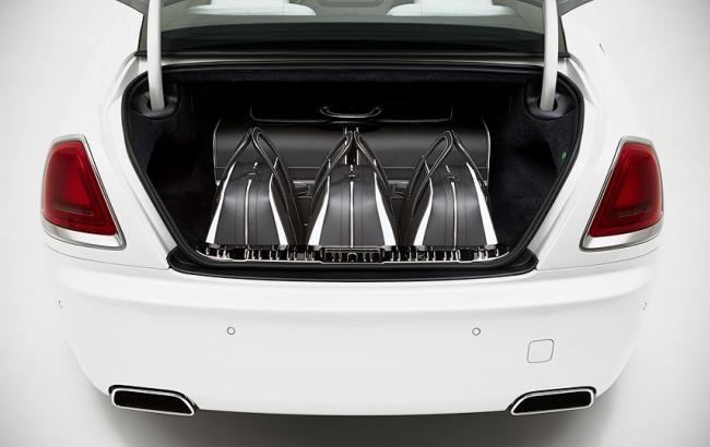 Rolls-Royce продает сумки, которые стоят дороже Mercedes C-Class
