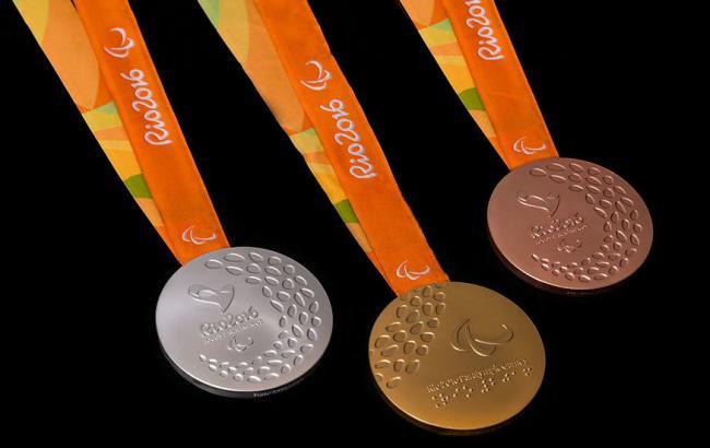 Фото: Марина Литовченко получила бронзовую медаль (scoopnest.com)