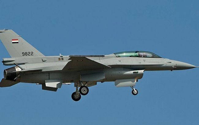 Фото: літак F-16