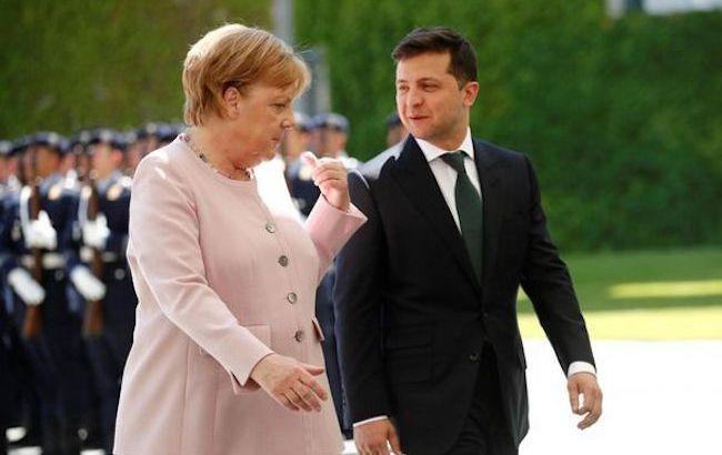 В ОП повідомили подробиці телефонної розмови Зеленського і Меркель