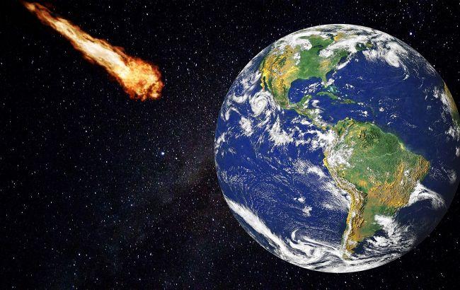 Метеорит все ж таки долетів до Землі: куди він впав (відео)