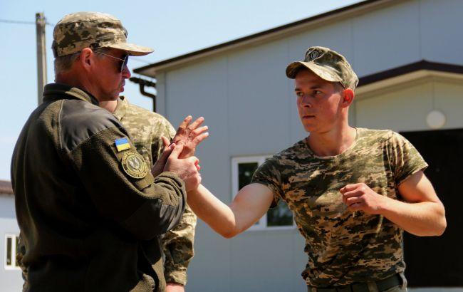 Британія продовжила навчальну місію для українських військових