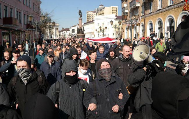 """Фото: """"Маршу недармоїдів"""" у Білорусі"""