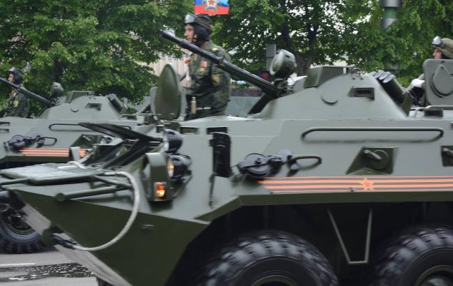 """Боевики перебросили на передовую военную технику с """"парадов"""" для провокаций, - разведка"""