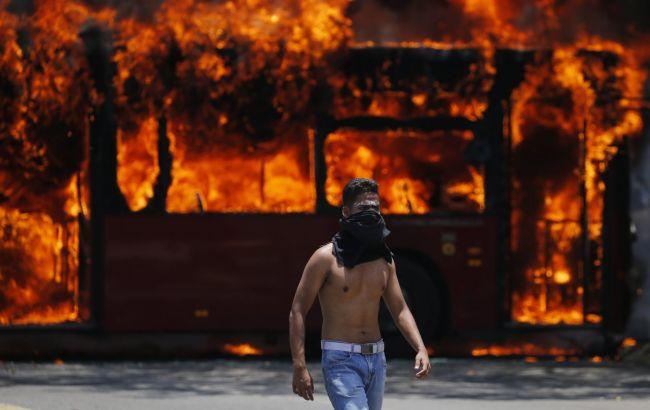 Протесты в Венесуэле: число погибших возросло