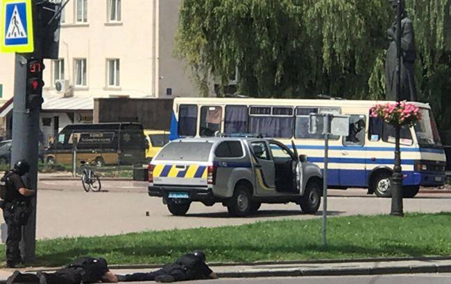 Захватчик автобуса в Луцке находился на психиатрическом лечении, - полиция