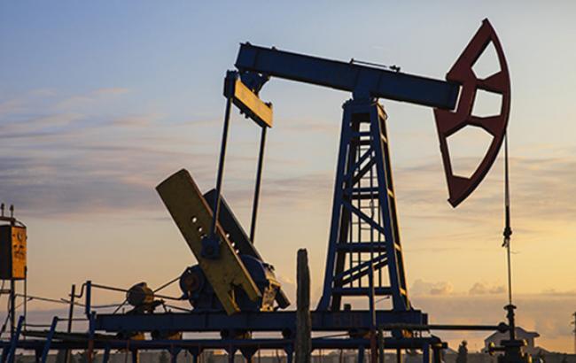 Цена на нефть Brent опять упала ниже 52 долл./баррель