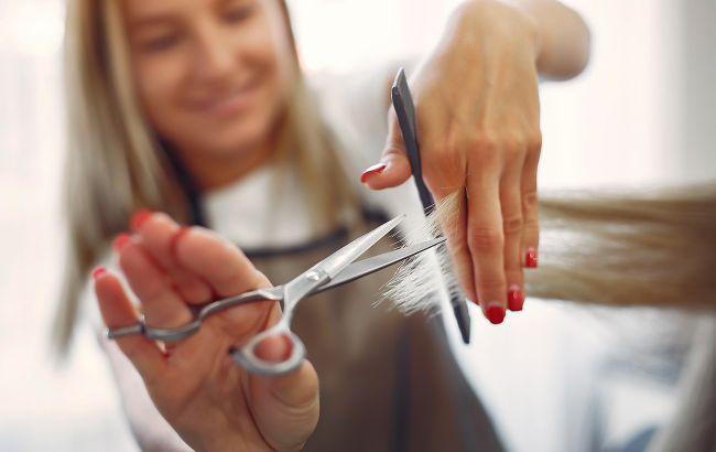 Календар стрижок на лютий 2021: коли до перукаря йти не варто