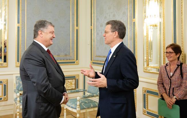 Фото: Порошенко та Браунбек (president.gov.ua)