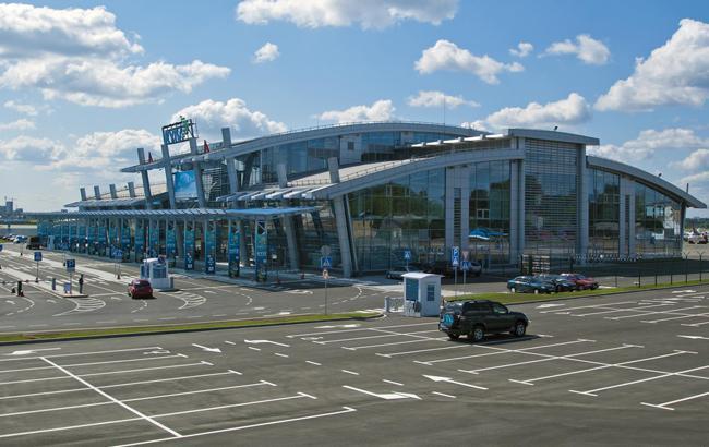 """В аэропорту """"Жуляны"""" обнаружили убытков на 119 млн гривен"""