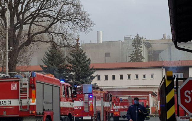 В Чехии произошел взрыв на электростанции, поднимаются черные клубы дыма