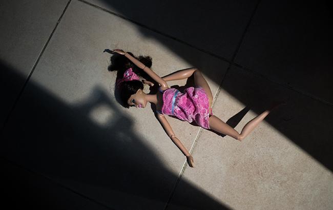 Під Харковом пенсіонер-педофіл поглумився над 9-річною дівчинкою