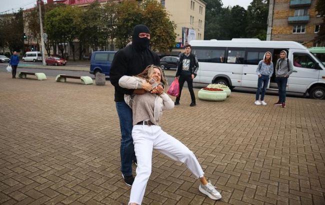 На протестах в Минске задержали более 40 человек, - правозащитники