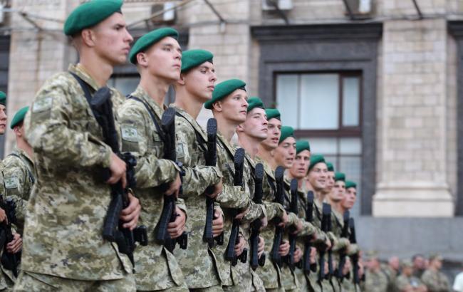 Бійці ООС влаштували урочисту ходу вулицями Львова (фото)
