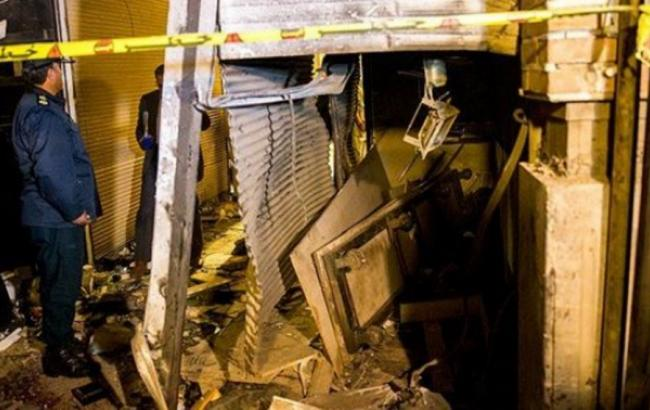 Фото: в центре рынка в Тегеране взорвался баллон с газом