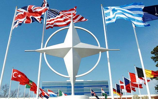 НАТО має намір приєднатися до коаліції з боротьби з ІДІЛ