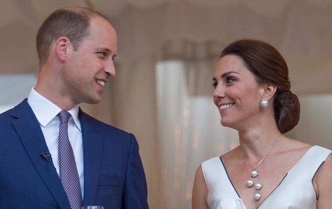 День рождения Кейт Миддлтон: королевский дворец опубликовал яркое фото именинницы