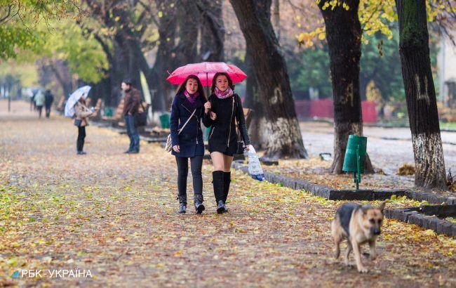 Завтра в Украине ожидаются дожди с грозами