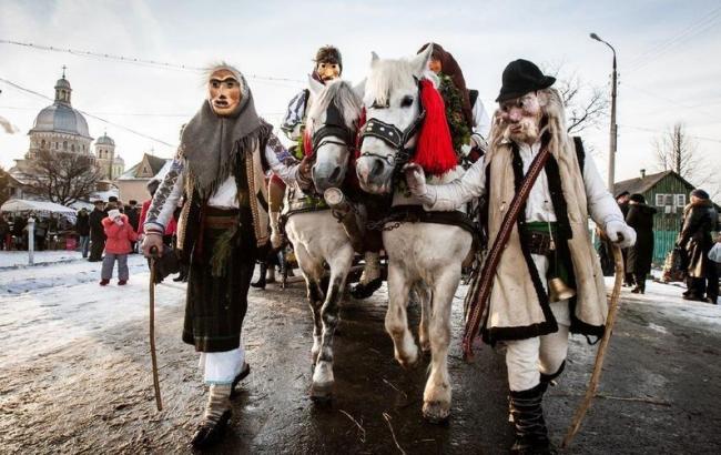 Фото: 13 января в Украине отмечают день Маланки, а 14 - святого Василия