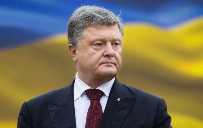 """Фото: Петро Порошенко розповів ЗМІ про дорожню карту """"Мінська"""""""