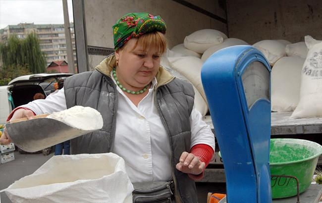 """""""Кіт замість кролика і підробки"""": на київських ярмарках обманюють людей"""
