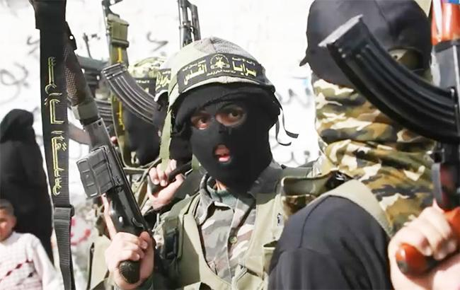 Фото: боевики ХАМАС (youtube/NowThis channel)
