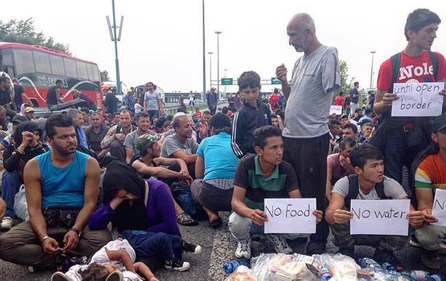 Фото: беженцы в Европе