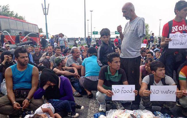 Франция за два года примет еще 10 тыс. мигрантов