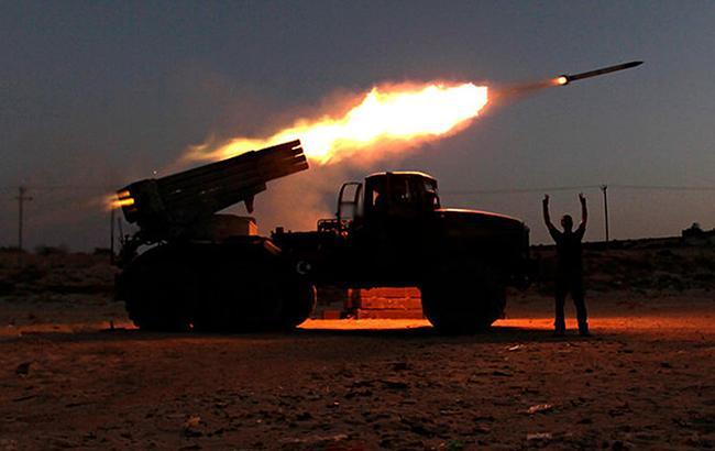 С начала суток в зоне АТО погиб один украинский военный, еще 6 ранены, - штаб