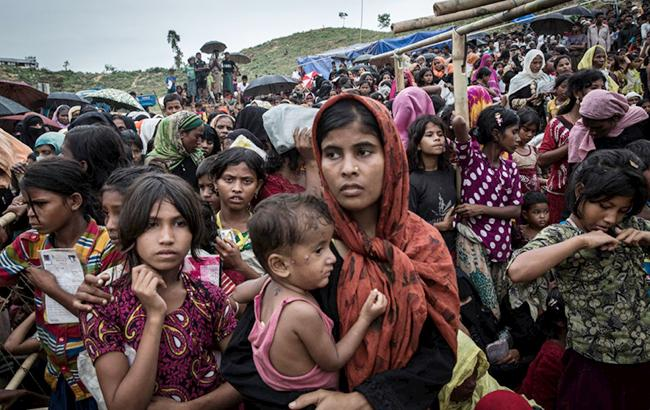 Фото: беженцы из Мьянмы (© UNHCR/Andrew McConnell)