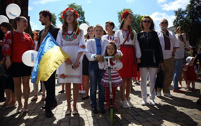 Стало відомо, що російськомовні батьки відправляють дітей в україномовні школи