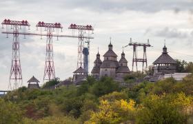 Фото: Прямо возле индустриального Запорожья находится уникальный исторический и природный объект - остров Хортица