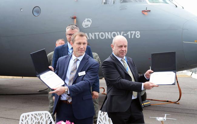 """""""Антонов"""" подписал соглашение с подразделением Boeing"""