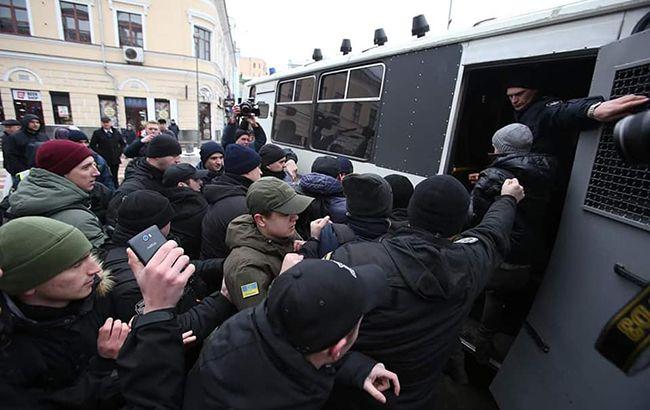 Задержание активистов в Киеве: ГБР открыло дело против полицейских