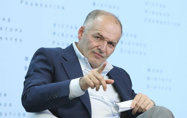 Олигархи Украины: как Виктор Пинчук балансирует между властью и оппозицией и защищает бизнес