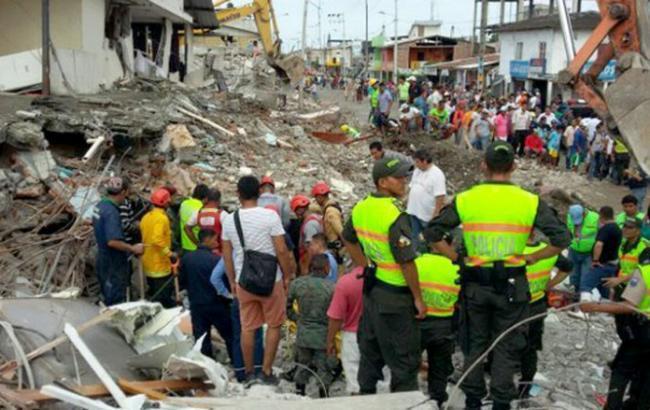 Землетрус в Еквадорі забрав життя сотень громадян