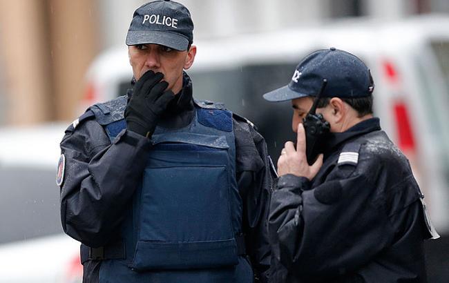 """Фото: Полиция эвакуирует людей из """"Юнион-стейшн"""""""