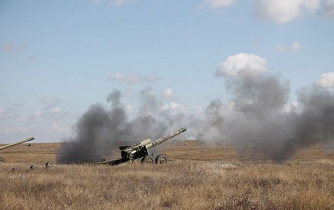 Обстрел Новолуганского: половина поселка обесточена