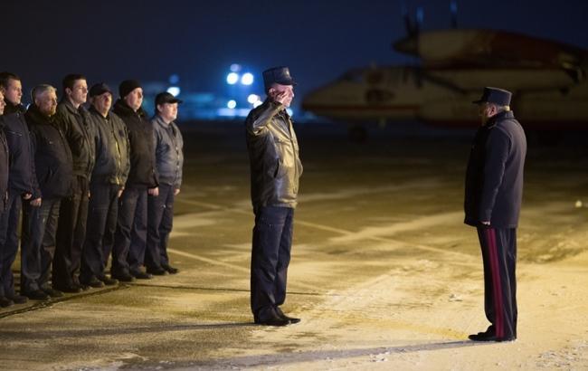 Фото: Літаки ДСНС повернулися в Україну (РБК-Україна)